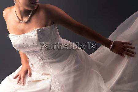 smukke bruden detaljer mod en gra