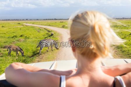 kvinde tur rejse enorm betragtelig gevaldig