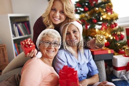 familie ojeblikke ved juletid