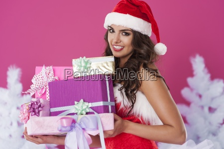 smukke julemanden med julegaver
