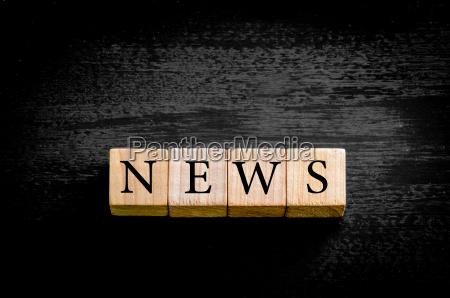 word news isoleret pa sort baggrund