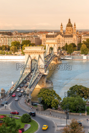 kaede bro i budapest ungarn