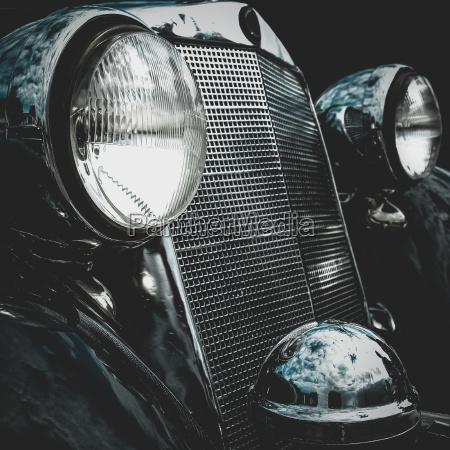 gamle retro eller vintage bil front