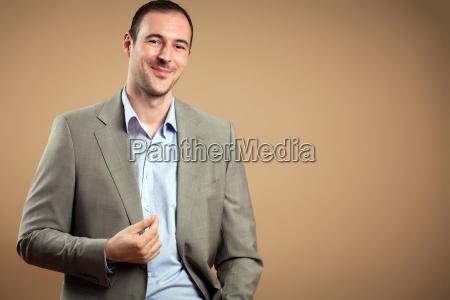 smilende forretningsmand