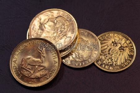 gamle guldmonter