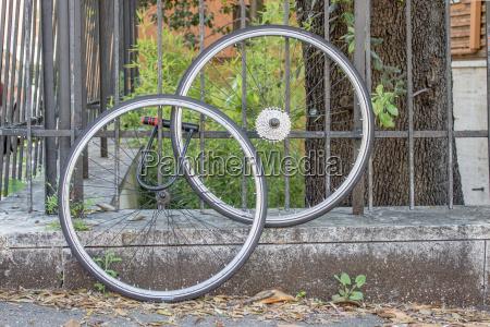 forbundet trae hjul faerdsel faerdselsvaesen rom