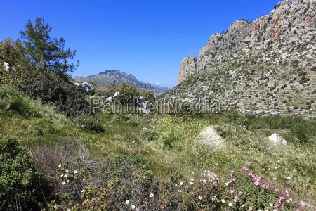 north cyprus five finger mountains
