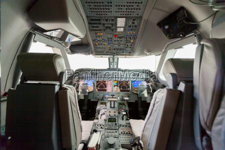 interior fly cockpit g550 med kontrol