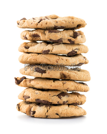 chokolade chip cookies over hvid baggrund