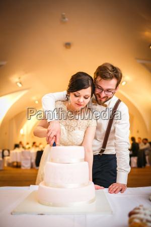 brud og brudgom pa bryllup reception