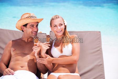 happy par pa stranden