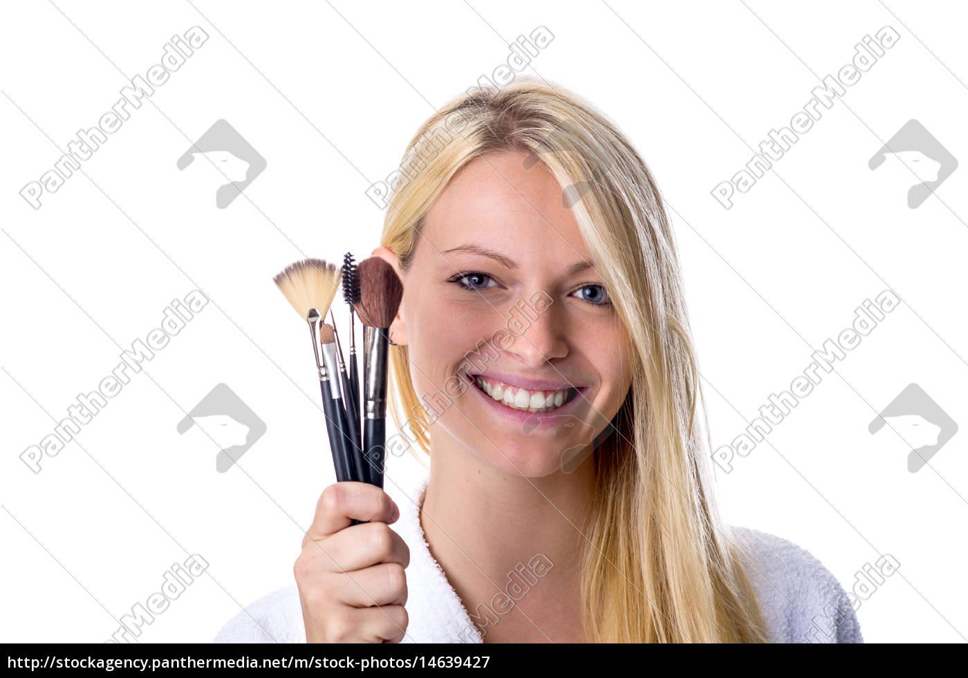ung, kvinde, med, makeup, børste, i - 14639427
