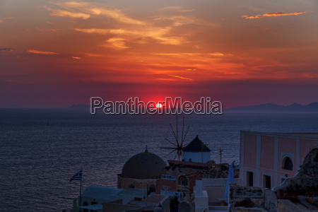 solnedgang i oia