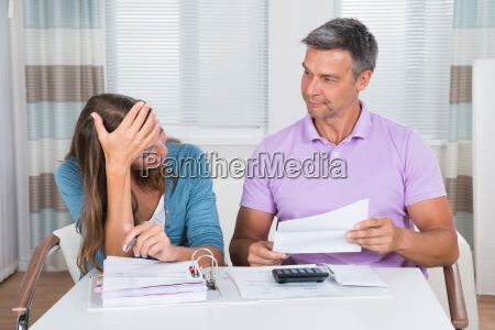 bekymring bekymret bekymre sig undskyld finansielle
