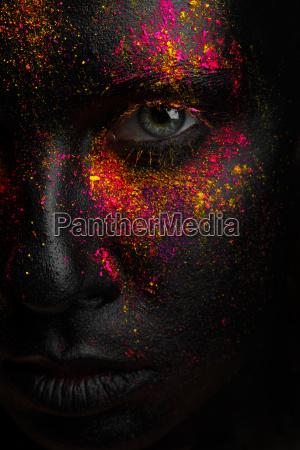 kreativ kunst sort makeup med lyse