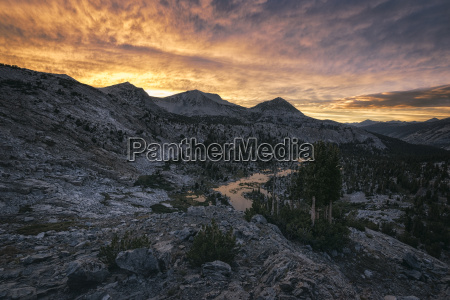 landscape in the sierra nevada mountains