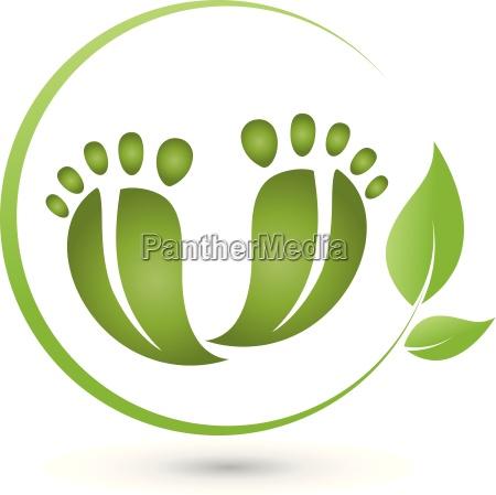 to fodder og blade logo pedicure