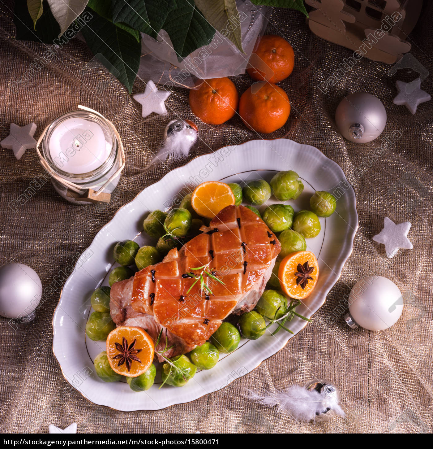 christmas, dinner, with, brussels, sprouts, in - 15800471