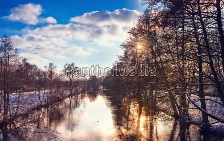 vinterlandskab med farve udseende