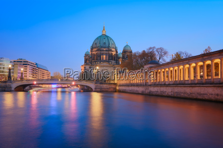 berlins katedral i den bla time