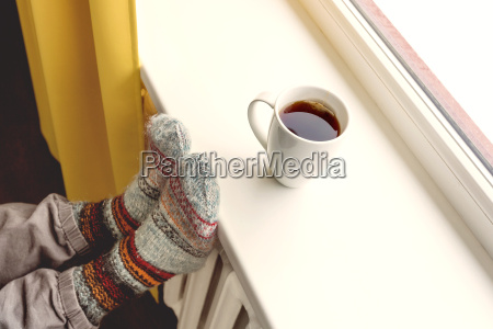 opvarmning af radiatoren og drikke varm