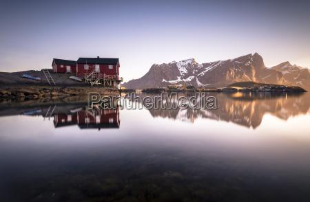 norway lofoten hamnoy fishing huts in