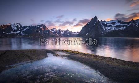 norway lofoten reinebringen fjord