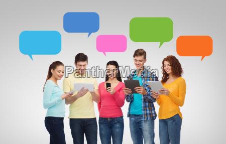 samtale telefon mennesker folk personer mand