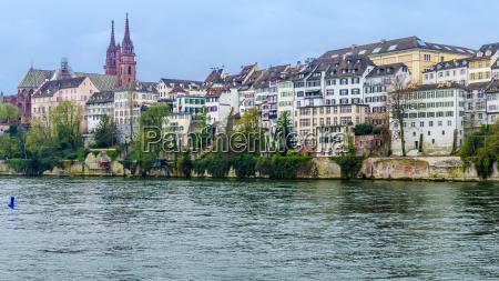 schweiz basel cityscape med rhinen og