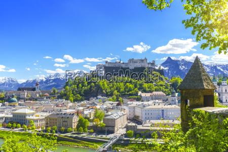 by alper ostrig gamle by europa
