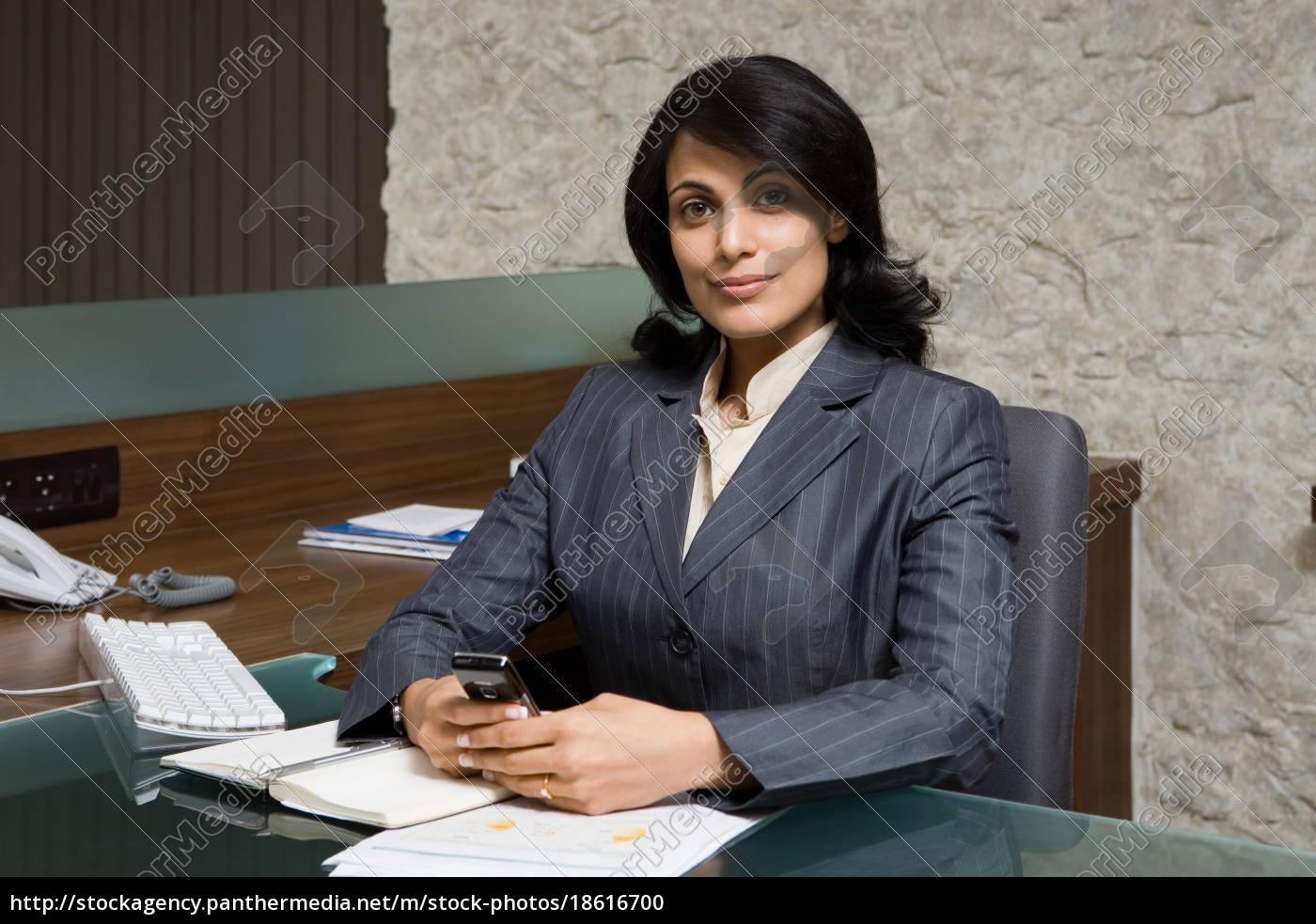 indisk, forretningskvinde, i, embedet - 18616700