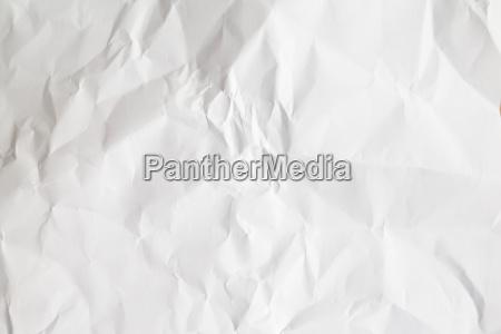 rynket hvidt papir