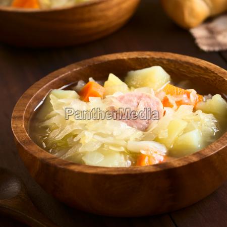 sauerkraut suppe eller gryderet