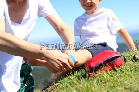 bandagering fodskade barn snoet ben
