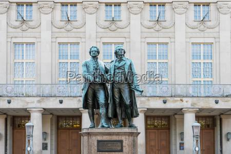 mindesmaerke monument kunst beromt tyskland den