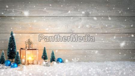jule trae og sne baggrund dekoreret