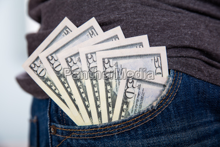50 dollar seddel i jean lomme