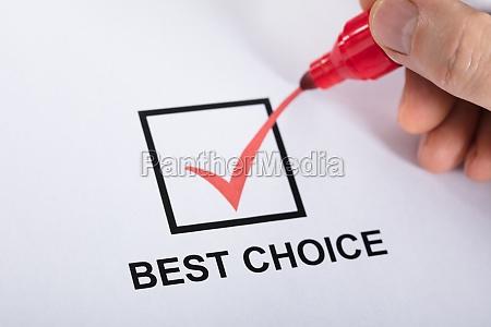 person tikkende bedste valg i afkrydsningsfelt