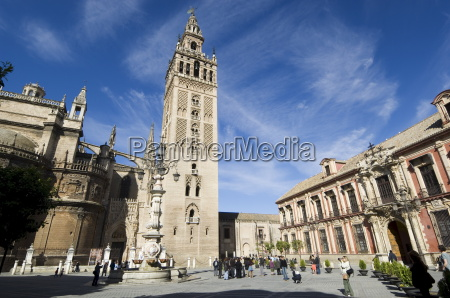 seville cathedral and la giralda unesco
