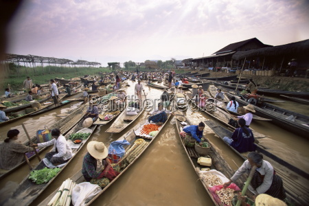 floating market inle lake shan state