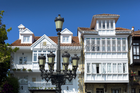 traditional street lamp in corro de
