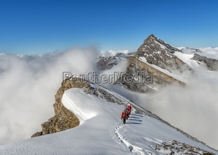 tur rejse sky alper schweiz svejts