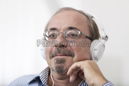 tyskland senior mand ifort hovedtelefoner