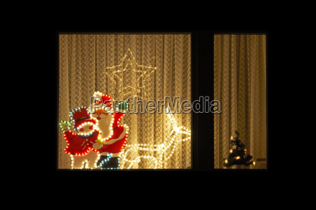 hus bygning vindue nat nattetid julemanden