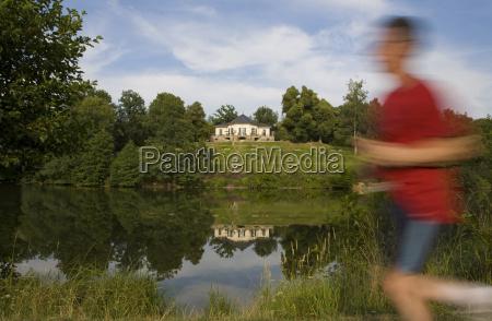 tyskland baden wuerttemberg stuttgart baerensesoen jogger