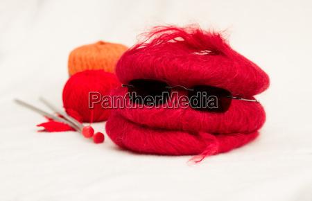 uld bolde med strikkepinde