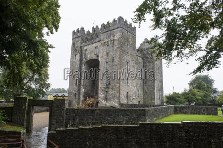 bunratty castle county clare munster republic
