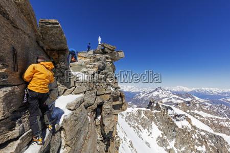 climbers on madonna summit 4059m grand