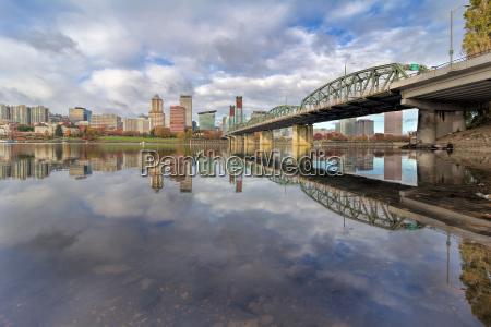 by bro mellemstykke skyline flod vand
