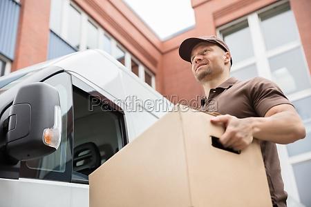 kasse aeske levering kiste lastbil arbejdere